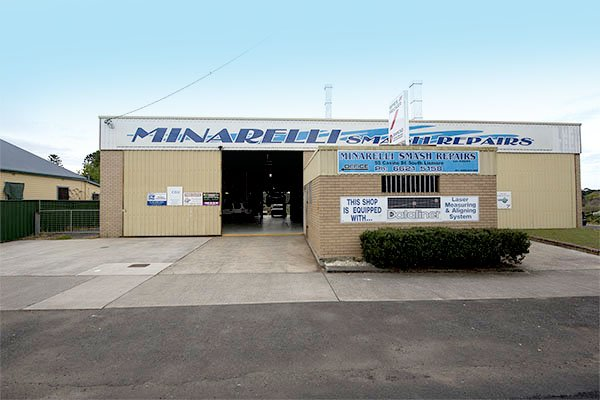 Minarelli smash repairs has over 100 years combined experience and operating locally for over 35 years in Lismore